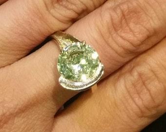 Vintage Freeform 10k Yellow Gold Created 5 Carat Peridot Ring