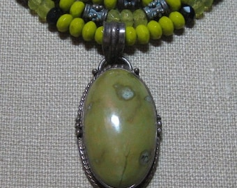 Free Shipping in US - Three-strand with Lime Turquoise Pendent Necklace - N115