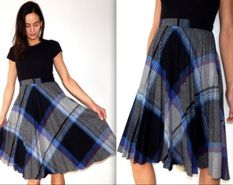 vintage 60s skirt plaid pleated wool mid century blue and gray a line skirt retro 1960s blue plaid above the knee skirt size S