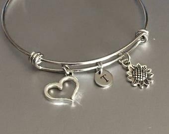 Sunflower bracelet,Sunflower Bangle,Charm bracelets,Friendship bracelets,Jewelry,Bracelets,Sunflower charm,heart charm,Personalized,bff gift