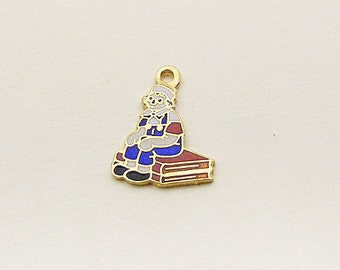Vintage Aviva Charm Raggedy Andy Sitting on Books Enamel Cloisonne Collectible  43-1