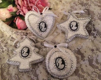 Free shipping! set of four Christmas ornaments