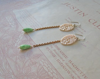 Vintage Summer Orient earrings in white
