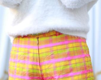 Vintage Pleaded Shorts size S