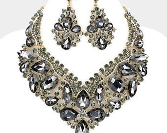 Glass Crystal Statement Necklace