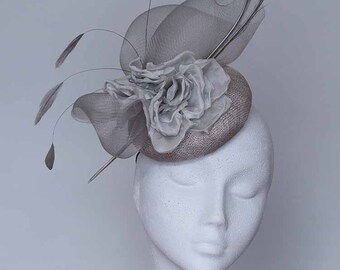 Silver Grey Fascinator Mother of Bride Hat-Kentucky Derby Hat- Royal Ascot Hat-Wedding Hat