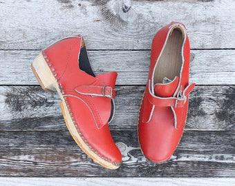 7 | Women's Lancashire Red Buckle Strap Clogs