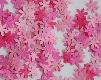 """Table Scatter Confetti 100 die cut Card stock  Flowers in shades of pink, 1"""" each"""