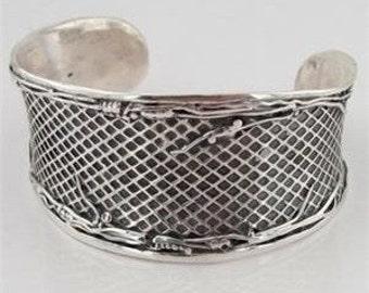 Jewela fabulous Wide Sterling Silver Cuff Bracelet