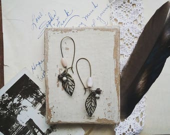 Beaded Leaf Earrings, Vintage Pastel Pink Bead Earrings, Delicate Filigree Leaf Earrings, Boho Dangle Earrings for Women