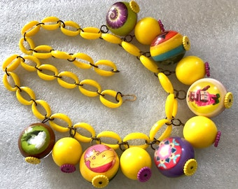 Vintage plastic yellow and more balls dangles necklace