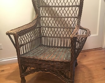 rare Heywood Wakefield? Bar Harbor Wicker Wingback Chair w/ cushions +++ Pick Up only. NYC Manhattan +++