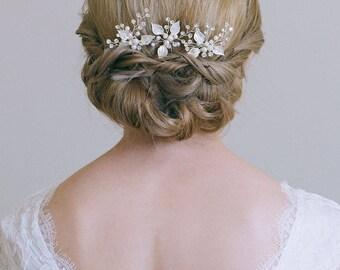 Bridal hair pin, Leaf hair pin, Gold hair pin, Gold or Silver hair vine, Gold bridal headpiece, Bridesmaid hair pins