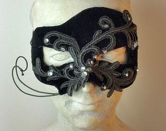 Black Simple Masquerade Mask//Masquerade Mask//Mens Masquerade Mask//Mask//Masquerade Ball Mask//Halloween Mask//Mardi Gras Mask//Carnival