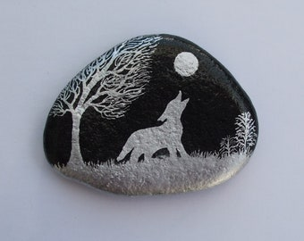 Wolf Painting, Rock Art, Wolf Gift, Painted Stone, Wolf Magnet, Hand Painted Pebble, Wolf Moon Tree, Painted Rock, Wolf Art, Stone Painting