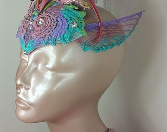 Pastel Fascinator//Pink Fascinator//Wing Fascinator//Fascinator//Fascinator Hat//Mini Hat//Derby Fascinator//Wedding Fascinator//Bridal Hat