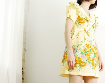 spring floral 70s dress xs