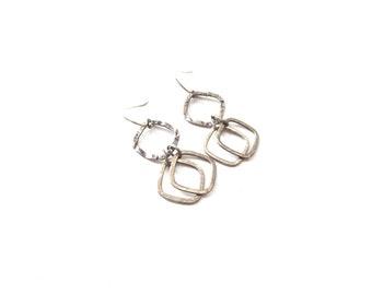 Pair of Lightweight Unmarked Sterling Silver Diamond Cutout Shaped Pierced Dangle Earrings