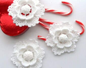 Crochet White Flower Applique-  Christmas Ornament, Holiday Decoration Snowflake - Set of 3 - Made to Order