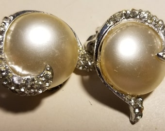 Vintage Faux Pearl Clip-on Earrings