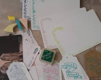 Tampon logo *Pack spécial créatrice* = tampon+cartes+étiquettes+encreur-cartes et étiquettes recyclées-box tampon-recyclage-personnalisation