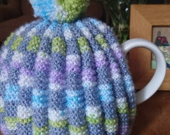 Hand knitted Vintage style Pleated Tea Cosy
