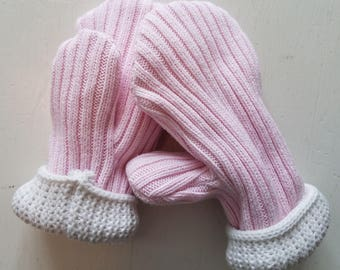 Toddler's Pink Mittens