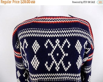 40% SPRING SALE Retro Navy Wool Ski Sweater - Size Medium