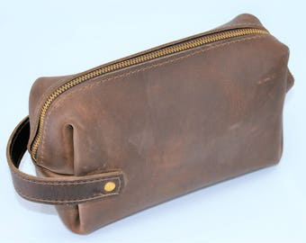 Leather Dopp Kit, Personalized and Custom engraved, Gift for Dad, Groomsman, Best Man, Shaving Kit, men's toiletry bag