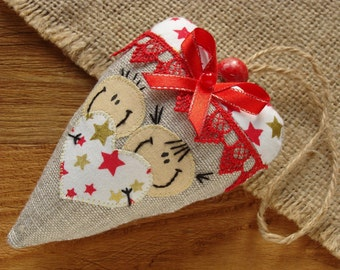 Stuffed fabric heart pincushion Cotton heart Quilting needle holder Valentines gift for grandma Heart needle cushion Cloth heart pin cushion