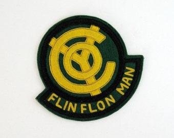 Flin Flon Manitoba Felt Badge - Large Vintage Felt Patch Sew On Felt Applique - Manitoba Souvenir Prairie Canada Souvenir Green Yellow Crest