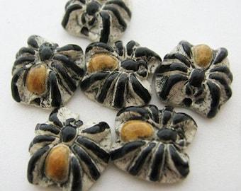 10 Tiny Spider Beads