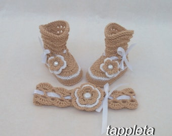 beige baby socks and headband for girl, newborn booties, pink socks, babyshower gift, knit accessories, baby crochet clothes, knitted boots