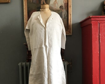 Antique French cream unbleached linen hemp flax ladies smock chemise nightshirt monogram MLF size M