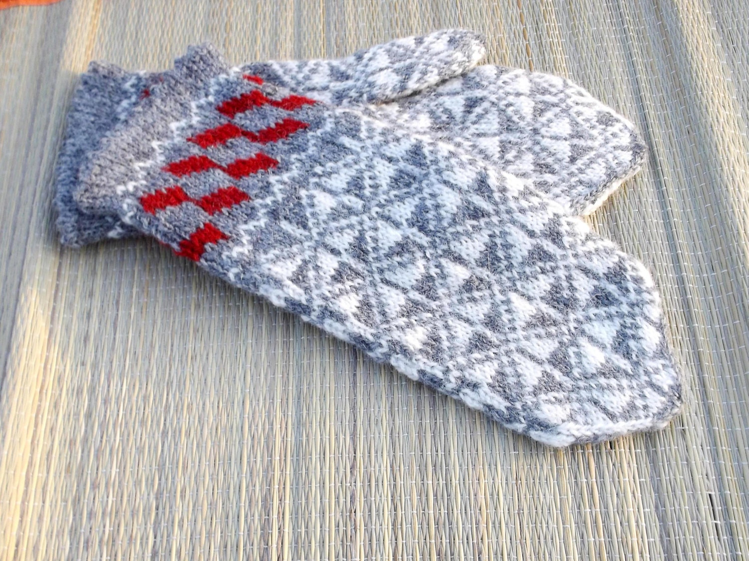 Mittens hand knitted latvian mittens knitting nordic mitts