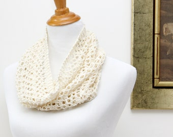 Ivory lace cowl for mom. Silk and wool lace cowl. White lace cowl for mother. Hand knit lace scarf. Lightweight cowl. Little luxury cowl.