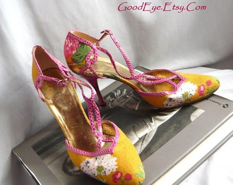 Vintage Dolce and Gabbana Linen and Snakeskin Heels  / size 9 .5 Eu 40 .5 Uk 7   / Pink Marigold Floral Tee Strap Shoes / made ITALY