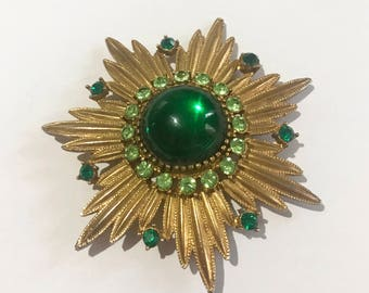 Vintage Brooch - Cosume Jewellery - Gold and Green Sunburst