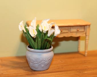 DOLLHOUSE MINIATURE Large Pot of Lilies