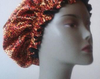 Satin bonnet, lined silk