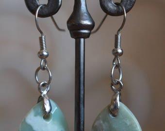 Light green agate earrings