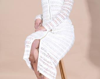 White dress, long dress, summer dress, lace dress, elegant dress, stylish dress, ruffle, fitted dress. Sizes 34 to 44 or Made to measure !