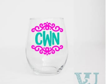 Personalized Wine Glasses - Custom Wine Glasses - Wine Lovers Gift - Custom Bridal Party Gifts - Monogram Wine Glasses - 20 Ounce Wine Glass