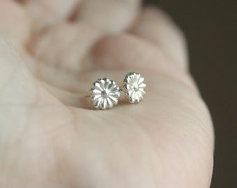 Silver Daisy Earrings - Tiny Daisy Flower Stud Post Earrings - Sterling Silver Stud Post Earrings - Teeny Tiny Flower Earrings