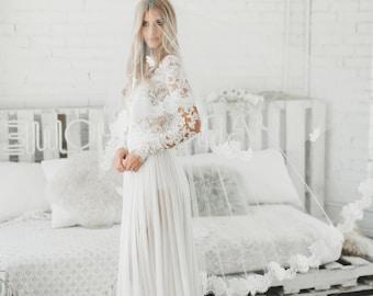 Chantilly Lace Veil, Lace Bridal Veil, Ivory Wedding Veil, Chantilly Eyelash Fringe Lace, Cathedral Bridal Veil, Ivory Veil 1723
