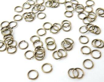 100 Round Jump Rings antique bronze 7mm 20 gauge DB20125