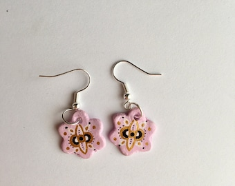 Handmade baby pink flower earrings with pattern detail