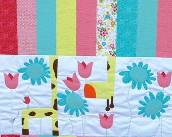 Children's Quilt: Oopsie Daisy. Nursery Quilt. Crib blanket. Applique quilt. embroidery quilt. small child quilt. Baby girl quilt.