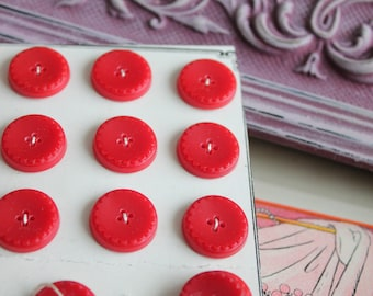 24 round red buttons in the shape of flowers vintage glass paste, 368