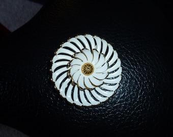 Vintage Monet Brooch Pin